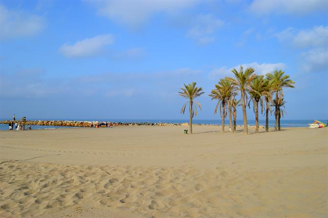 Cabopino beach in Marbella